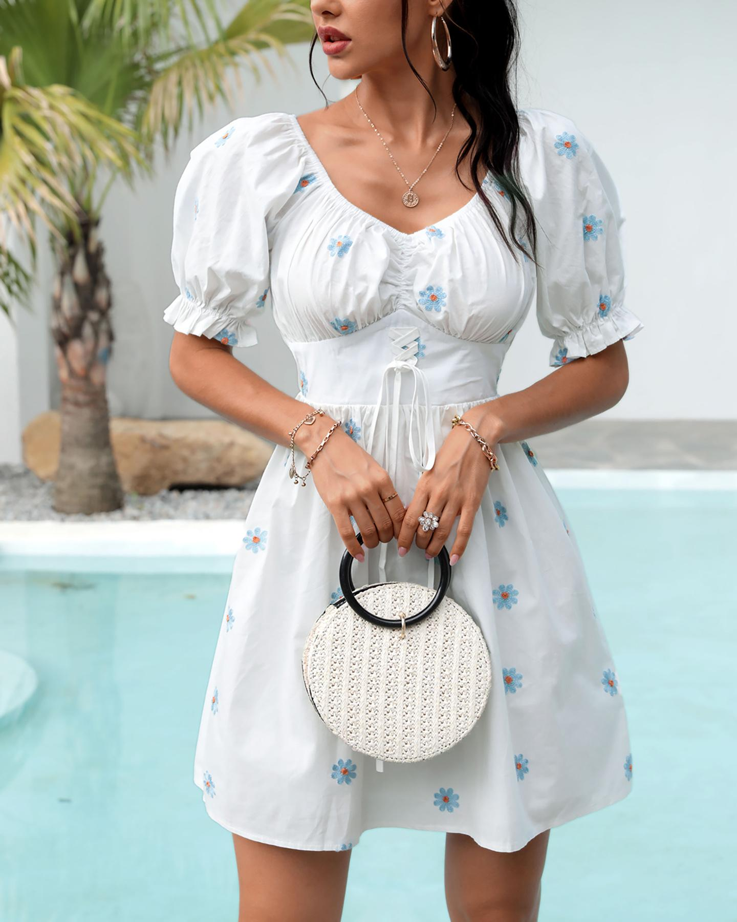 Floral Pattern Lace-up Puffed Sleeve Ruched Dress